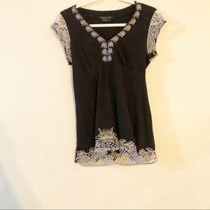 BCBGMaxazria short sleeved floral trim blouse